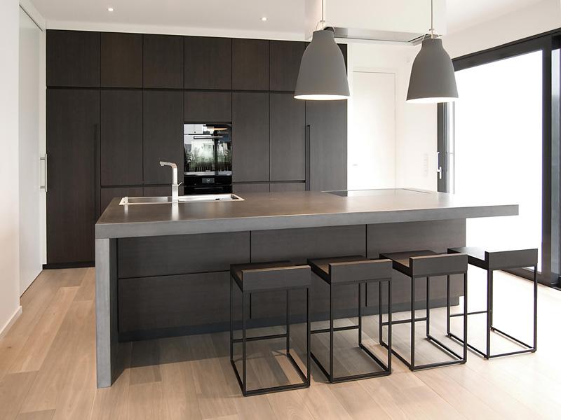 Moderne Design Küche im neuen Einfamilienhaus